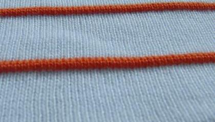 针织罗纹领口的配领方法及缝制技巧